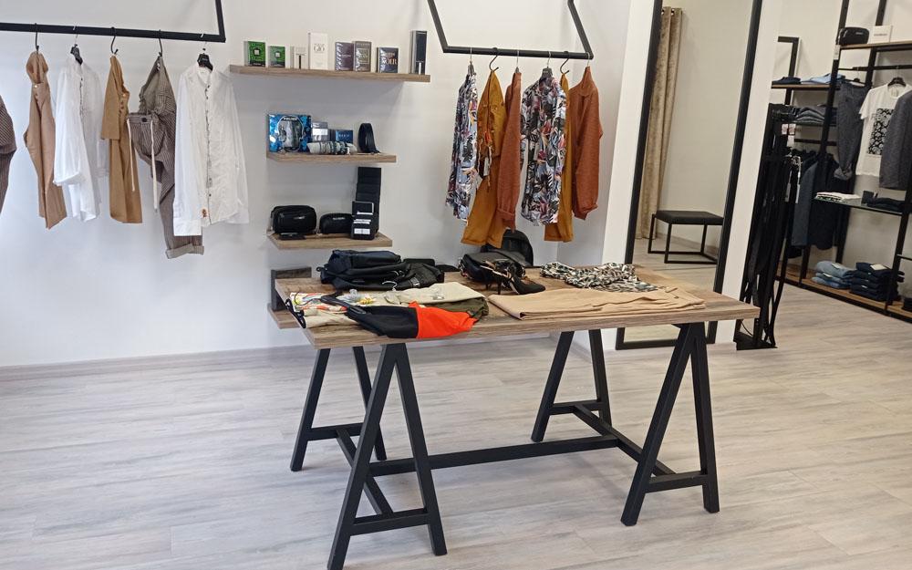 arredamento negozio abbigliamento lecce cdl italia
