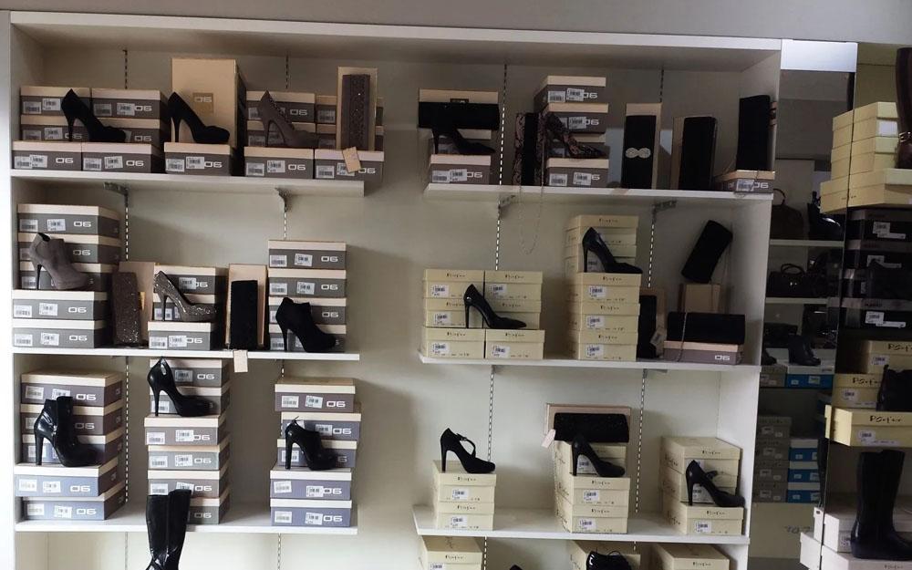 arredo negozio scarpe lecce cdl italia